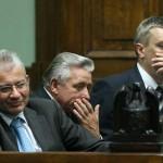 19.07.2006 Warszawa, Sejm. Od lewej : Ludwik Dorn ,  Andrzej Lepper , Roman Giertych w czasie expose nowego premiera Jarosława Kaczyńskiego.