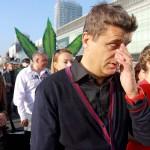 """01.10.2011 Janusz Palikot podczas """"Marszu Wolnych Konopii """" demonstracji zwolenników zalegalizowania marihuany w Polsce."""