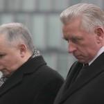 11.11.2006 WARSZAWA , Premier Jarosław Kaczyński i wicepremier Andrzej Lepper przed Grobem Nieznanego Żołnierza, podczas uroczystości Święta Niepodległości.